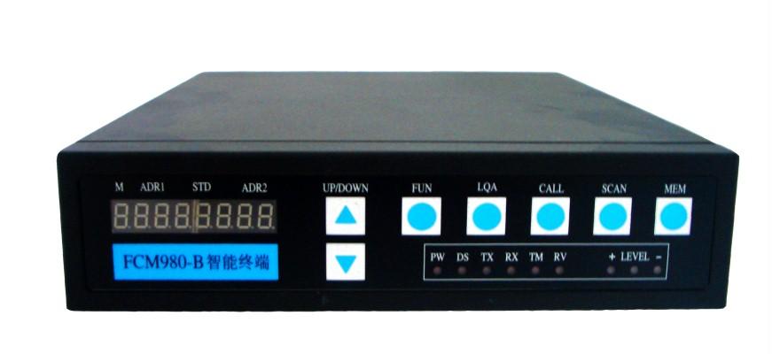 FCM980-A短波自适应控制器是专门为短波通信而设计的智能终端设备。其自适应功能符合GJB2076-94《短波自适应通信系统自适应控制的功能特性》和GJB2077-94《短波自适应通信系统自动线路建立规程》的要求。FCM980-A短波自适应控制器主要与IC-707、IC-725、IC-725A和TRC-80等带有频率可控功能的短波电台配合使用。